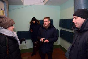 Работы по капитальному ремонту жилого дома Мещанского района проконтролировали. Фото: пресс-служба Муниципального округа Мещанский