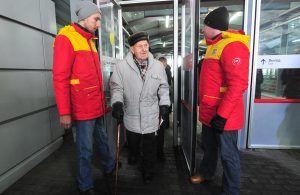 Экскурсию по Московскому центральному кольцу провели для ветеранов. Фото: mos.ru