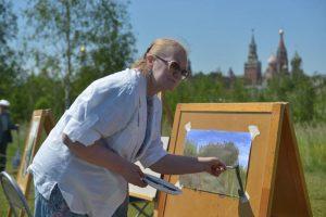 Открытый урок по рисованию для пенсионеров пройдет в районе. Фото: архив, «Вечерняя Москва»