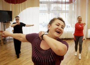Занятия по актерскому мастерству открыли в районном центре соцобслуживания. Фото: Павел Волков, «Вечерняя Москва»