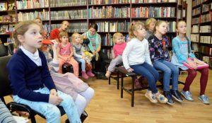 Творческую встречу организуют в районной библиотеке. Фото: Анна Быкова