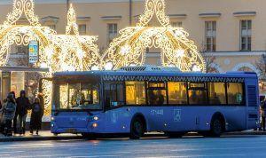 Общественный транспорт будет работать дольше в Рождество. Фото: сайт мэра Москвы