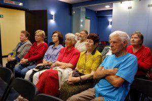 Концерт прошел в центре соцобслуживания района. Фото: Денис Кондратьев