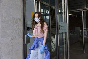 Напоминающие о ношении масок плакаты появились на станциях Московского центрального кольца. Фото: архив, «Вечерняя Москва»