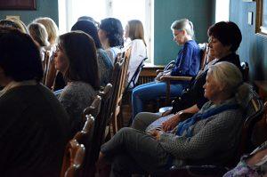 Концертную программу организуют сотрудники Центра социального обслуживания «Мещанский». Фото: Анна Быкова