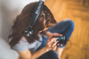Сотрудники Библиотеки для слепых проведут передачу на интернет-радио. Фото: pixabay.com