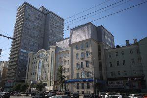 Собственник добровольно демонтировал незаконную надстройку в районе Арбат. Фото: Антон Гердо, «Вечерняя Москва»
