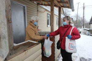 Количество волонтеров во время пандемии составило 22 тысячи человек. Фото: Владимир Смоляков, «Вечерняя Москва»