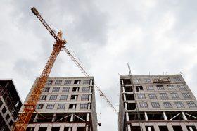 Каркас нового здания Института Склифосовского возвели на Сухаревской площади. Фото: Анна Быкова